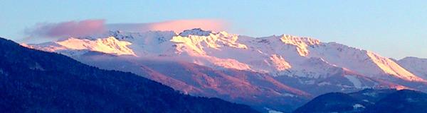 Vue sur les montagnes de Belledonne depuis mon bureau